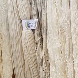 Undyed yarn