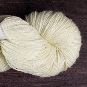DT Craft and Design - 75% superwash merino/20% nylon/5% silver stellina sparkle 4ply 100g