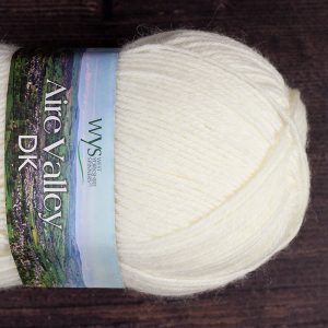 DT Craft and Design - WYS Aire Valley Essential superwash 75% wool/25% nylon DK (white)