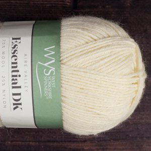 DT Craft and Design - WYS Aire Valley Essential superwash 75% wool/25% nylon DK (ecru)