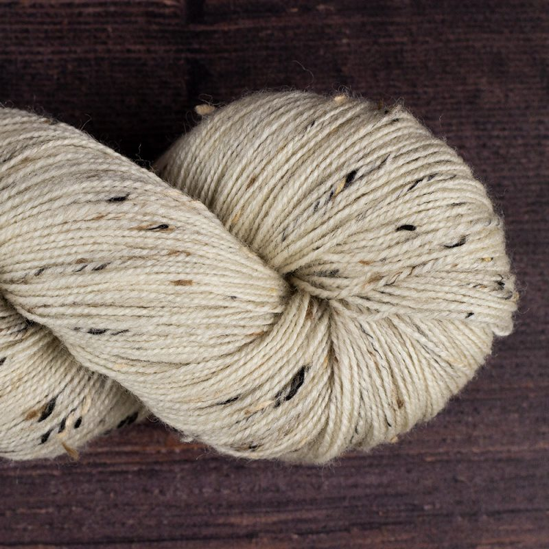 DT Craft and Design undyed yarn - 100% superwash wool nepp 4ply (sock) 100g 365m
