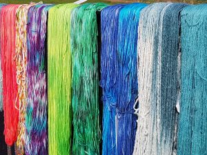 hand-dyed yarns 3
