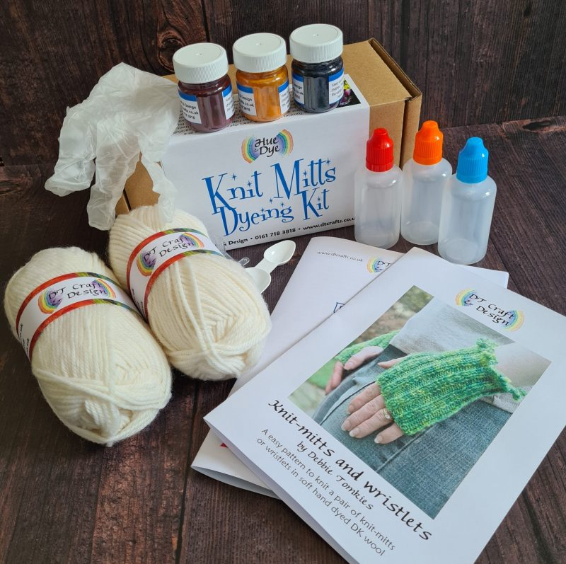 Knit Mitts Dyeing Kit